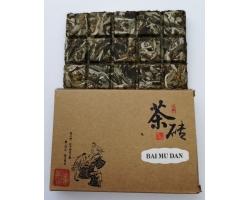 Lisovaný Fu Ding Bai Mu Dan Premium Quality 2018 100g